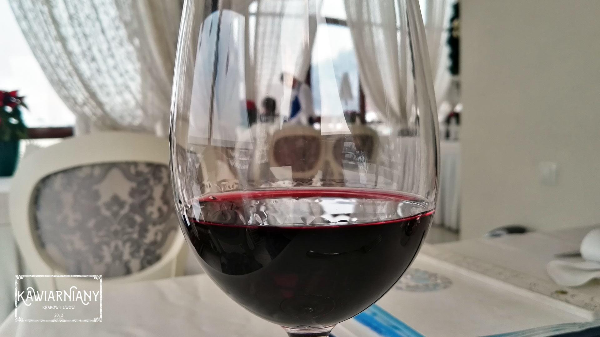 Gdzie pić wino we Lwowie? Najlepsze winiarnie we Lwowie TOP 10