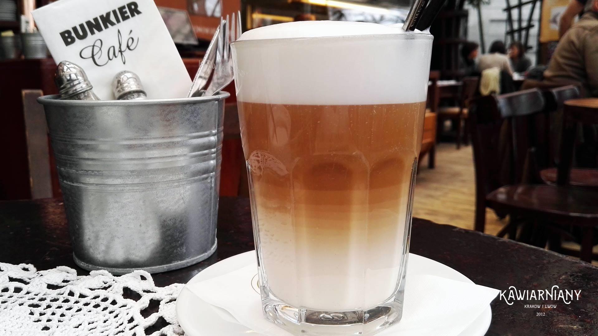 Kawiarnia Bunkier Cafe przy Plantach. Warto przyjść póki czas…
