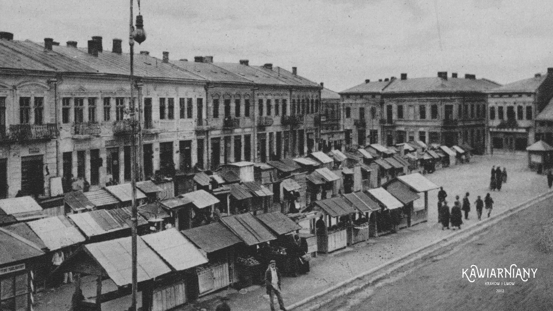 Złoczów, Rynek