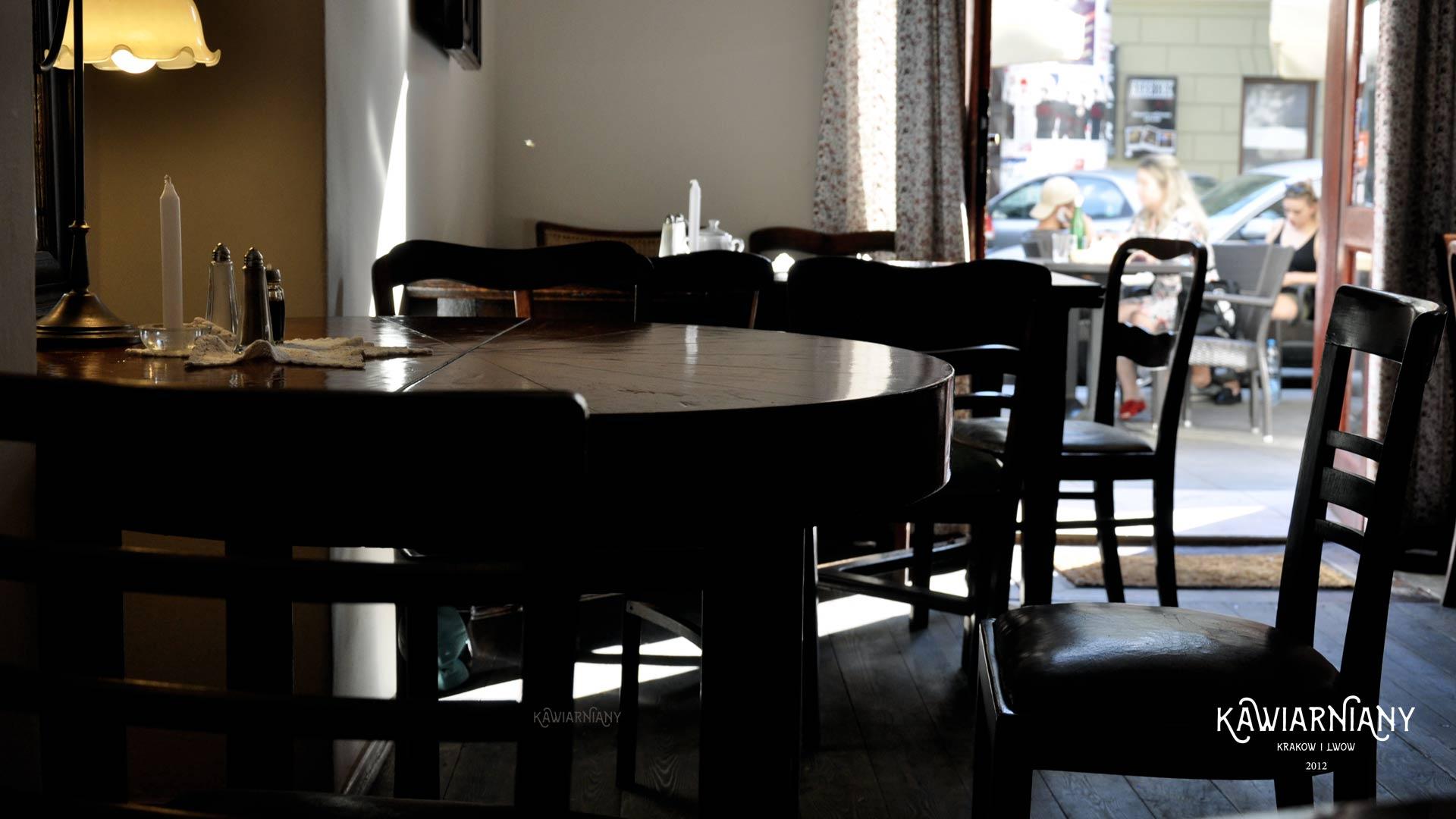 Marchewka z Groszkiem – na obiad tutaj stać każdego, ul. Mostowa 2 na Kazimierzu