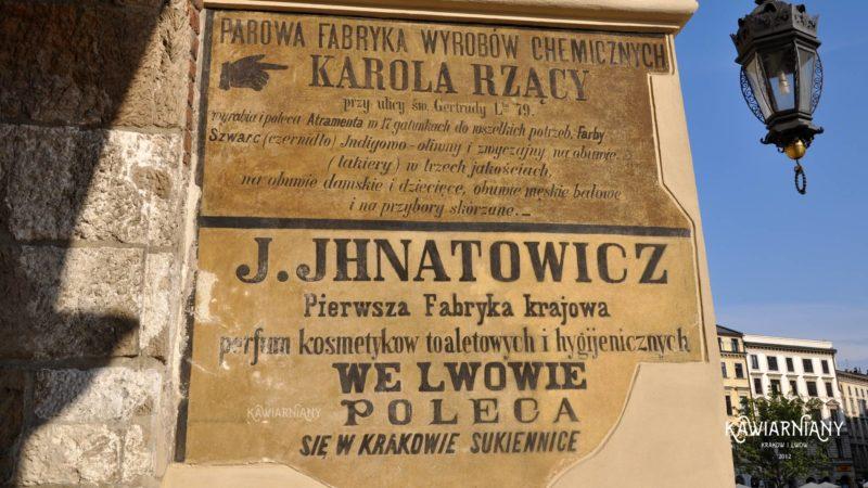Lwowska reklama na Sukiennicach w Krakowie