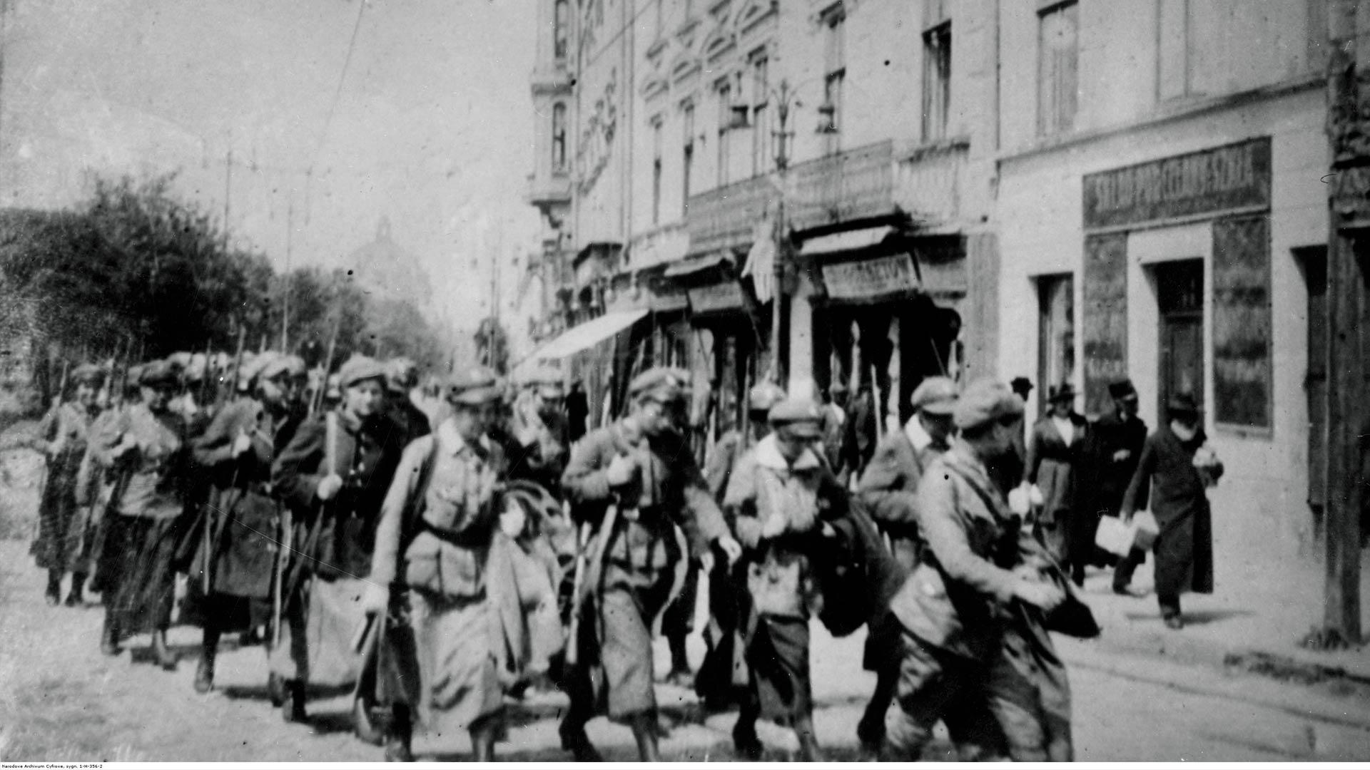 Kobiety też broniły Lwowa. Ochotnicza Legia Kobiet