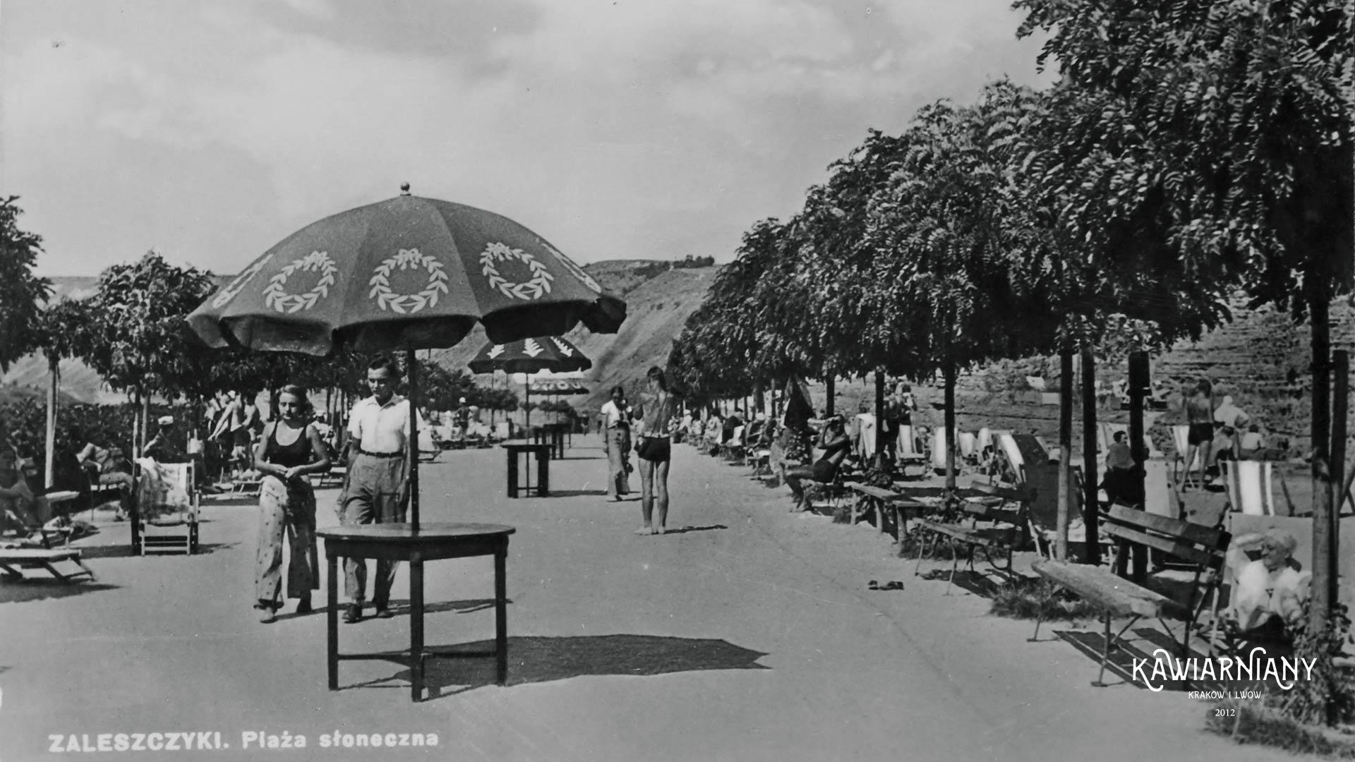 Plaża Słoneczna, 1937 rok. Fot. Domena Publiczna