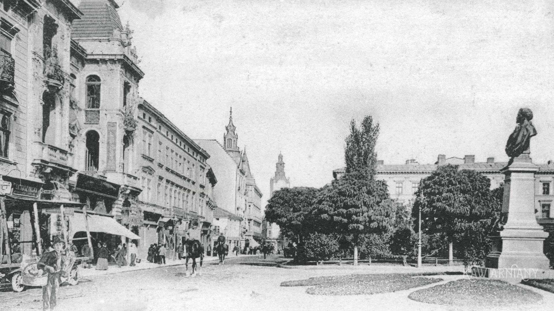Pomnik Kornela Ujejskiego, Lwów