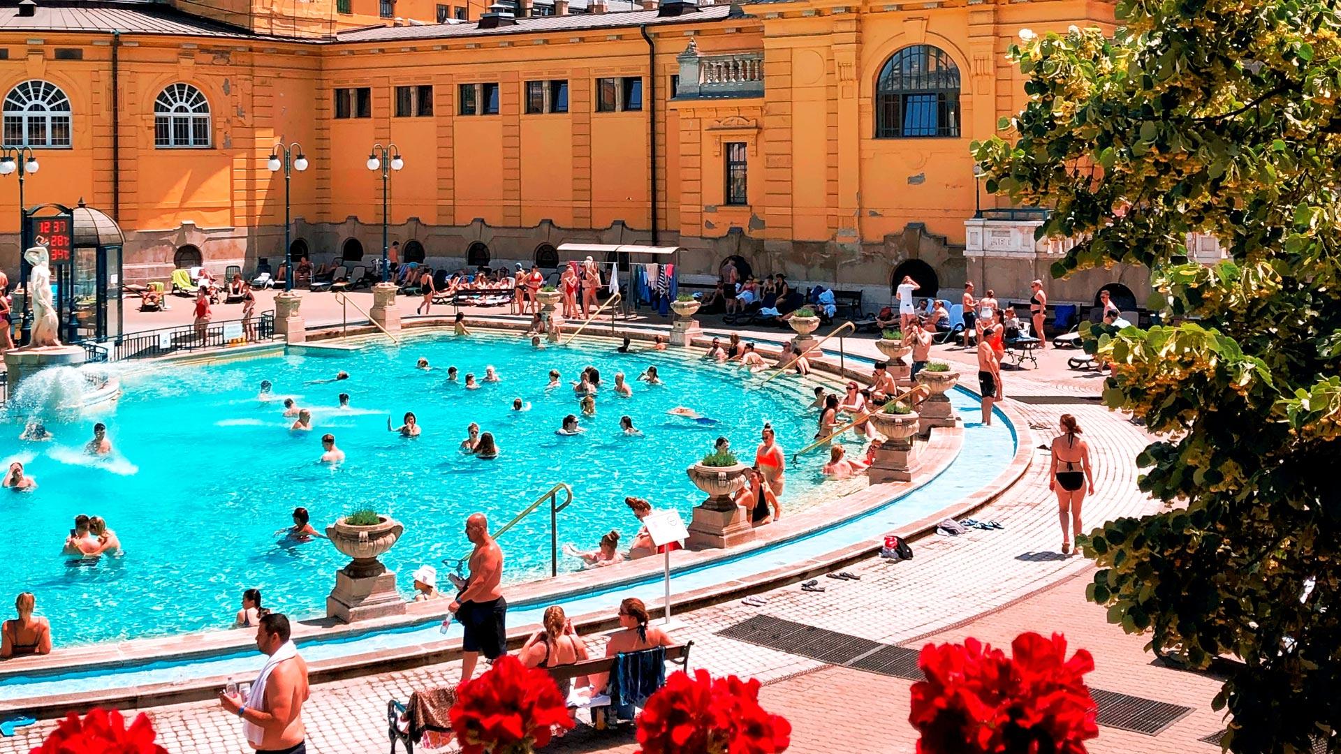 Które termy, łaźnie, kąpieliska w Budapeszcie. 6 miejsc które warto odwiedzić