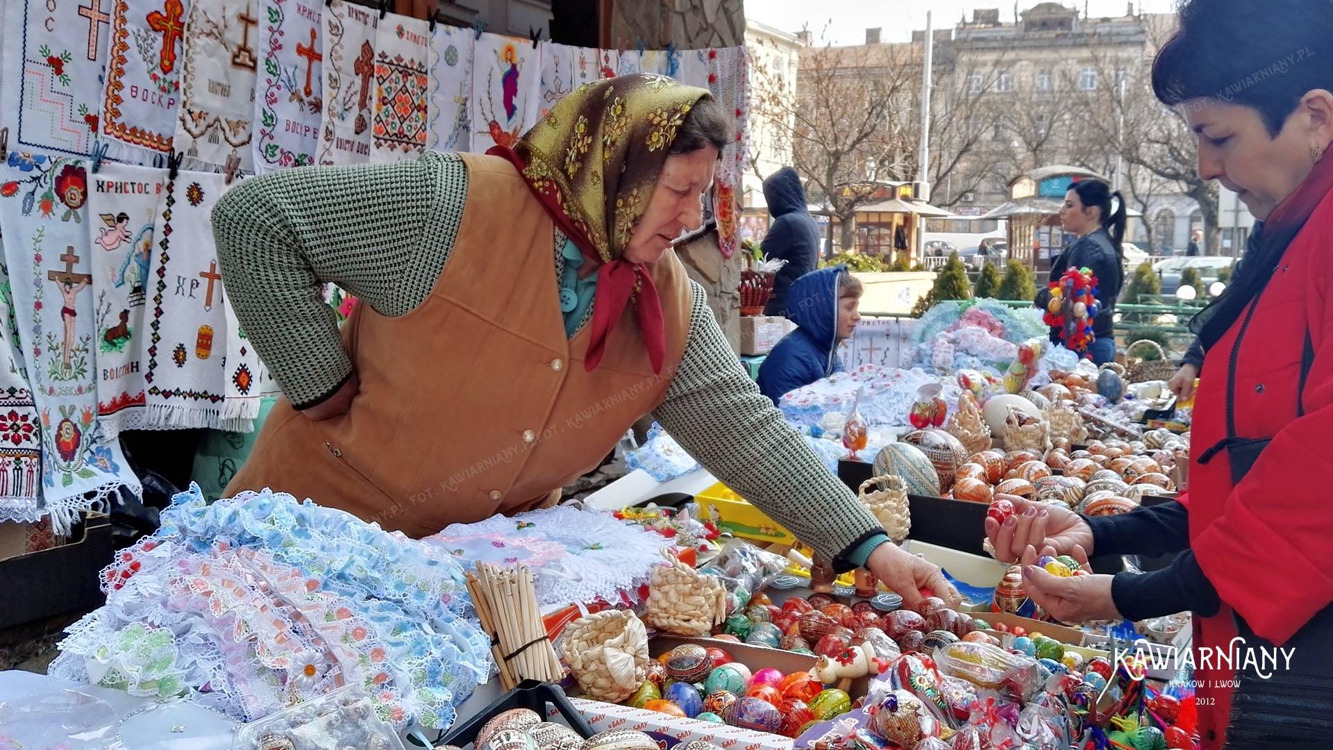Pisanki na jarmarku Wielkanocnym we Lwowie