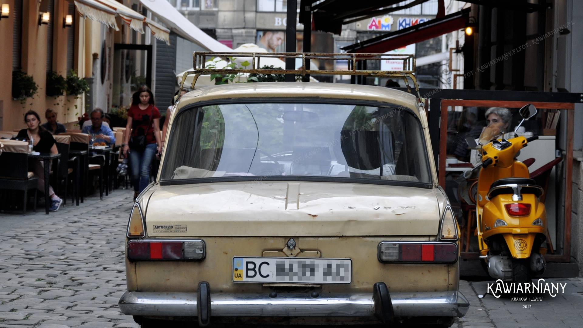 Popularne auta na Ukrainie. Tak się jeździ we Lwowie