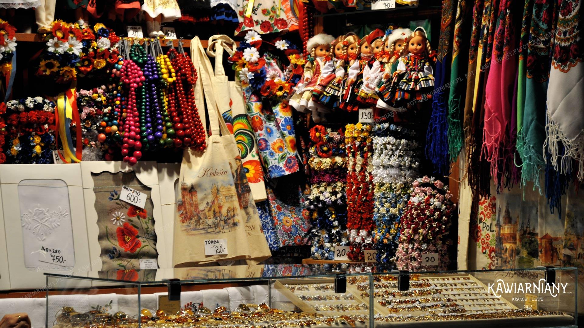 Pamiątki z Krakowa w Sukiennicach