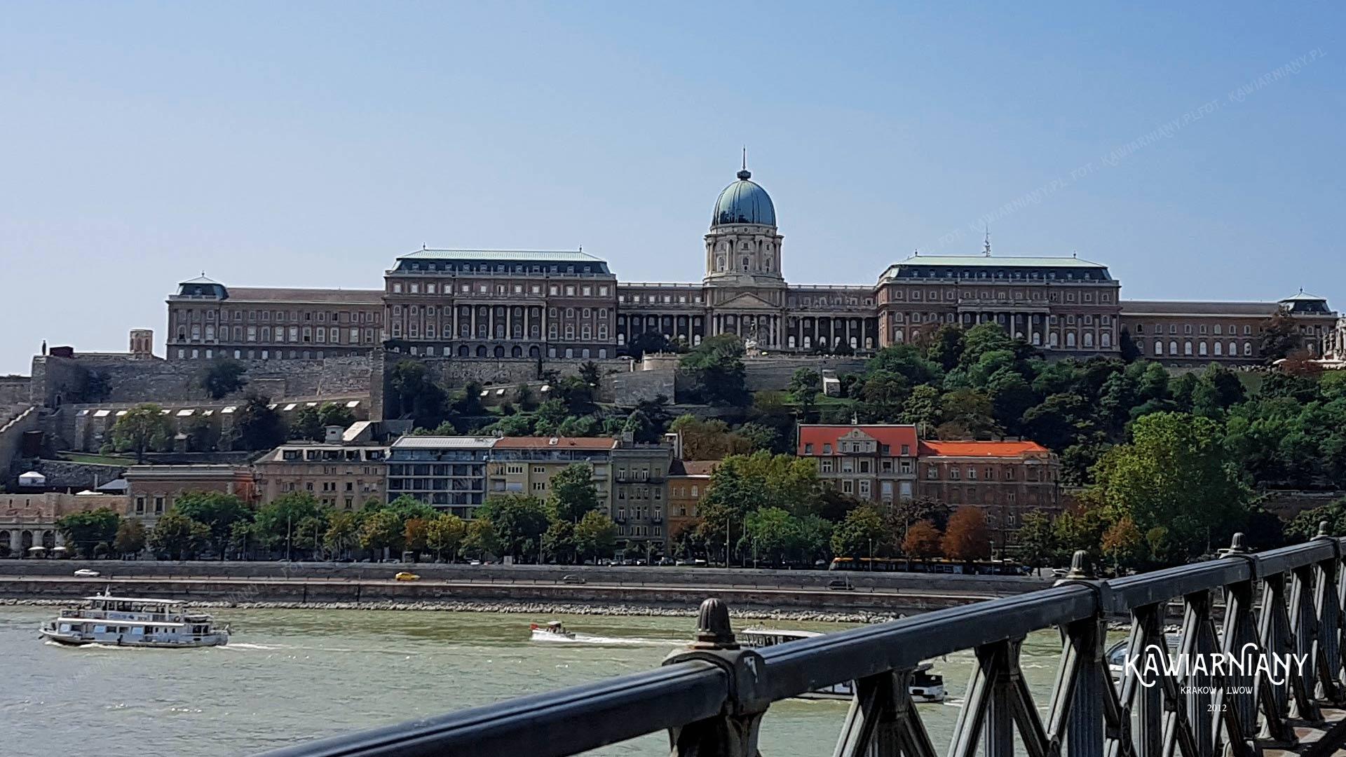 Największe zamki na świecie. 10 największych zamków. Czy Malbork jest największy?
