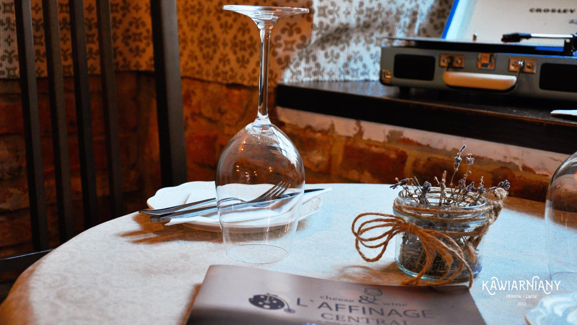 Winiarnia Laffinage cheese & wine we Lwowie w nowym miejscu