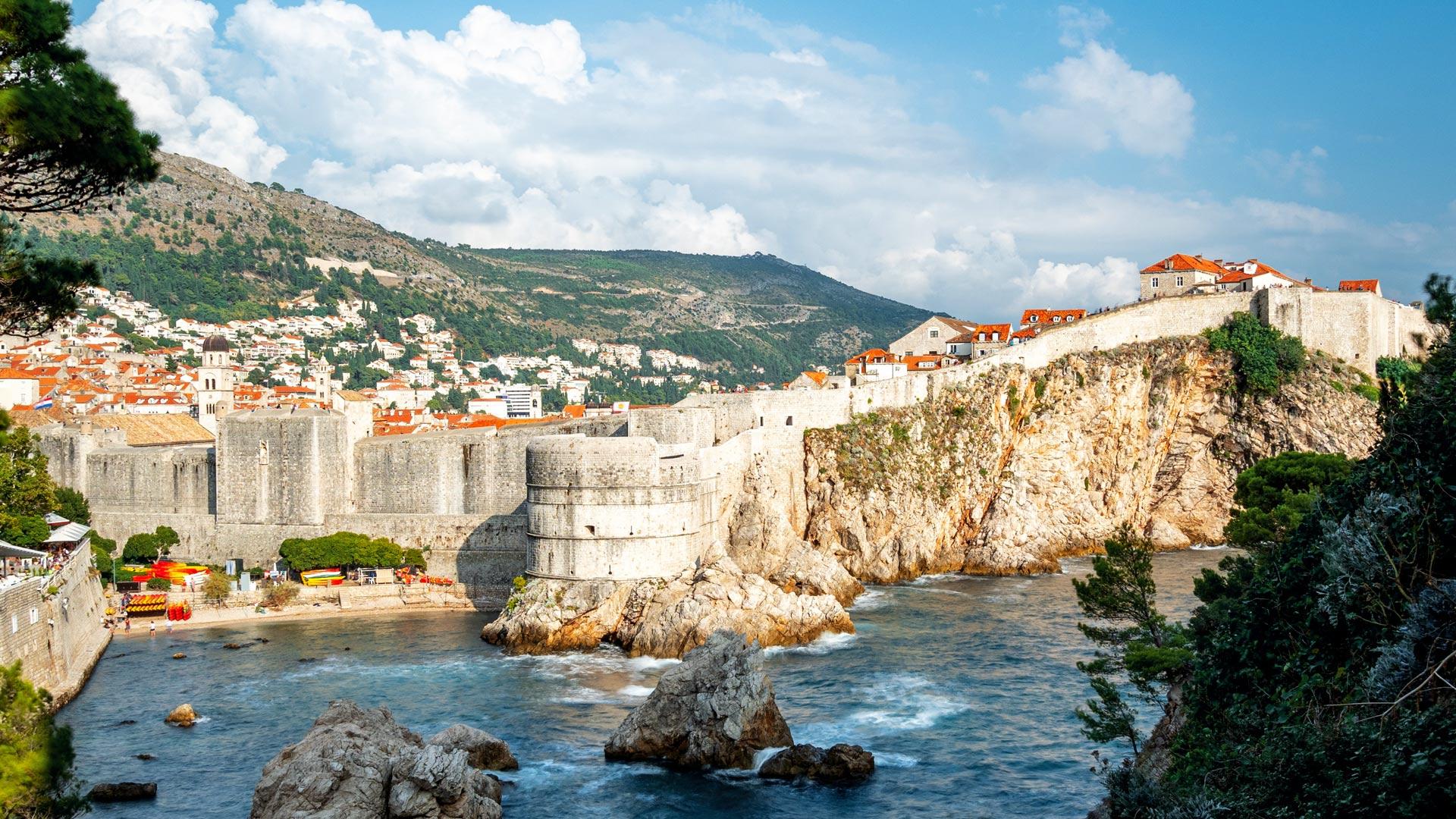 Czy do Chorwacji potrzebny jest paszport czy dowód?