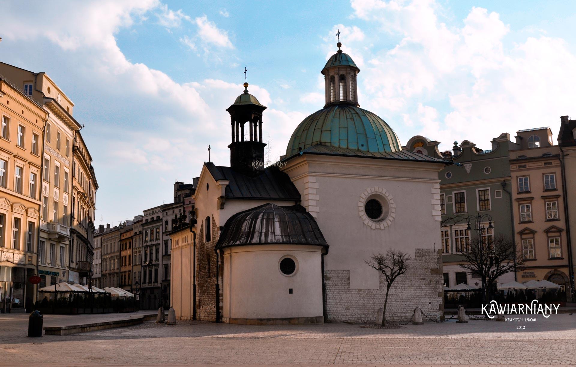Rynek Główny pusty w Krakowie