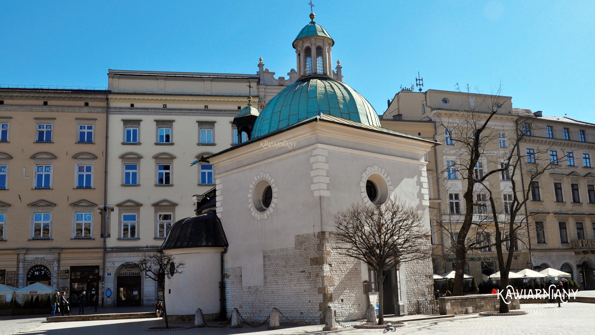 21:37 – ostatnia msza w Krakowie. Kościół św. Wojciecha na Rynku