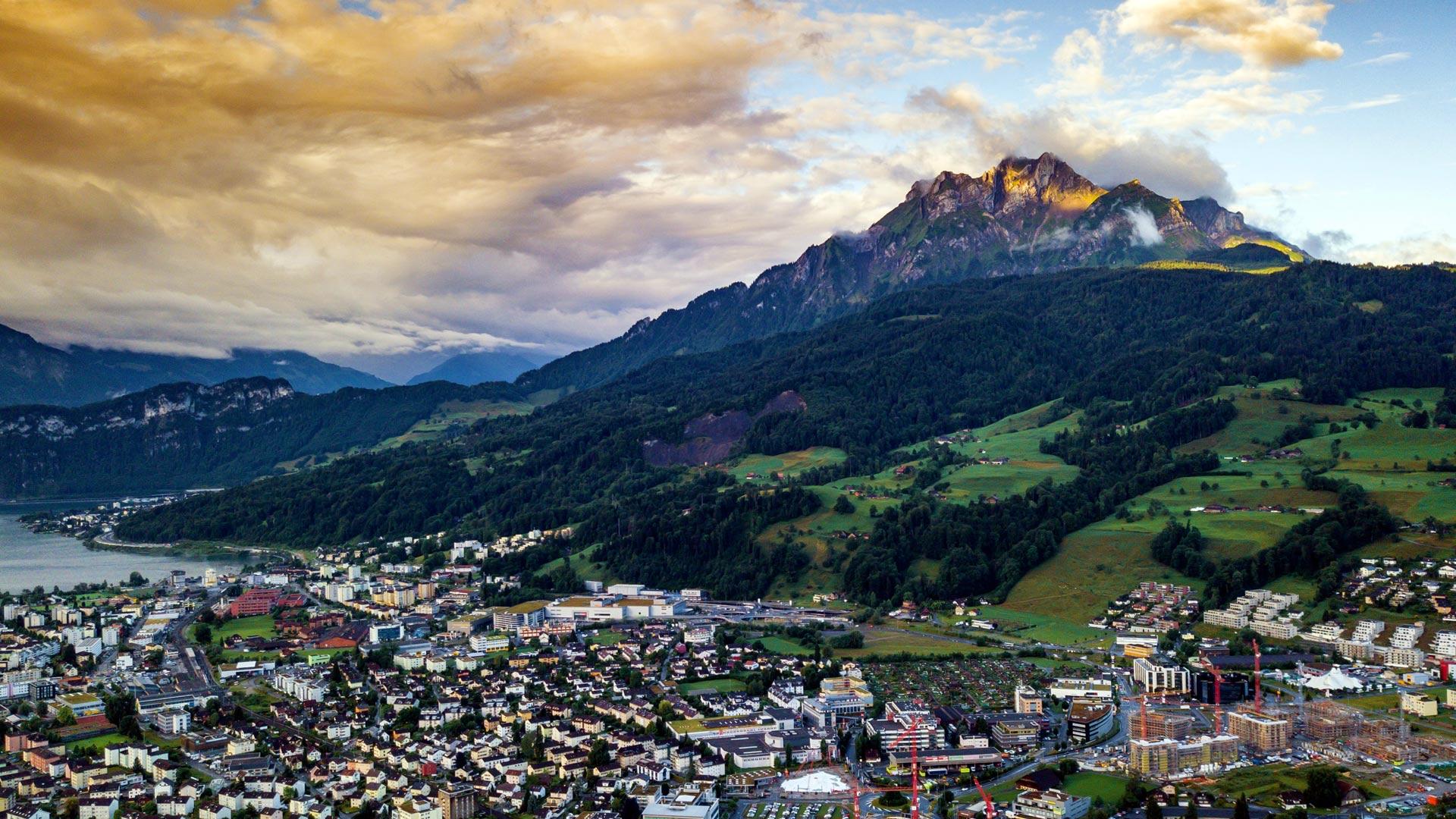 Czy na Szwajcarii sklepy są otwarte w niedziele? Czy jest zakaz handlu?