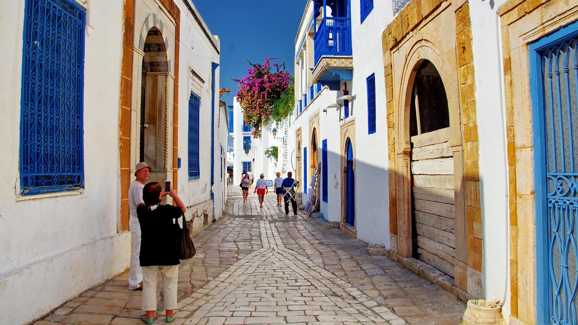 Czy w Tunezji jest zmiana czasu? Zmiana czasu w 2021 roku