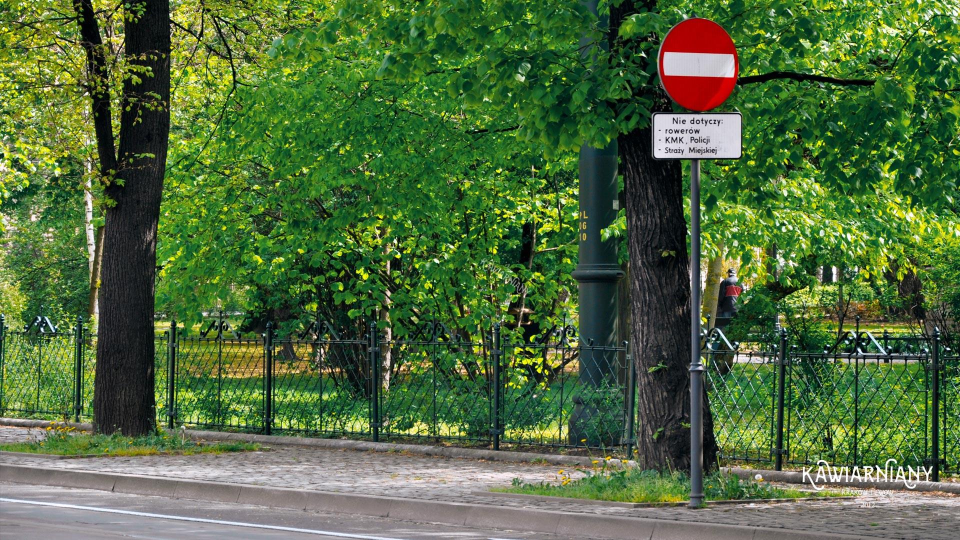 Czy do Krakowa można wjechać samochodem? Czy można do centrum?