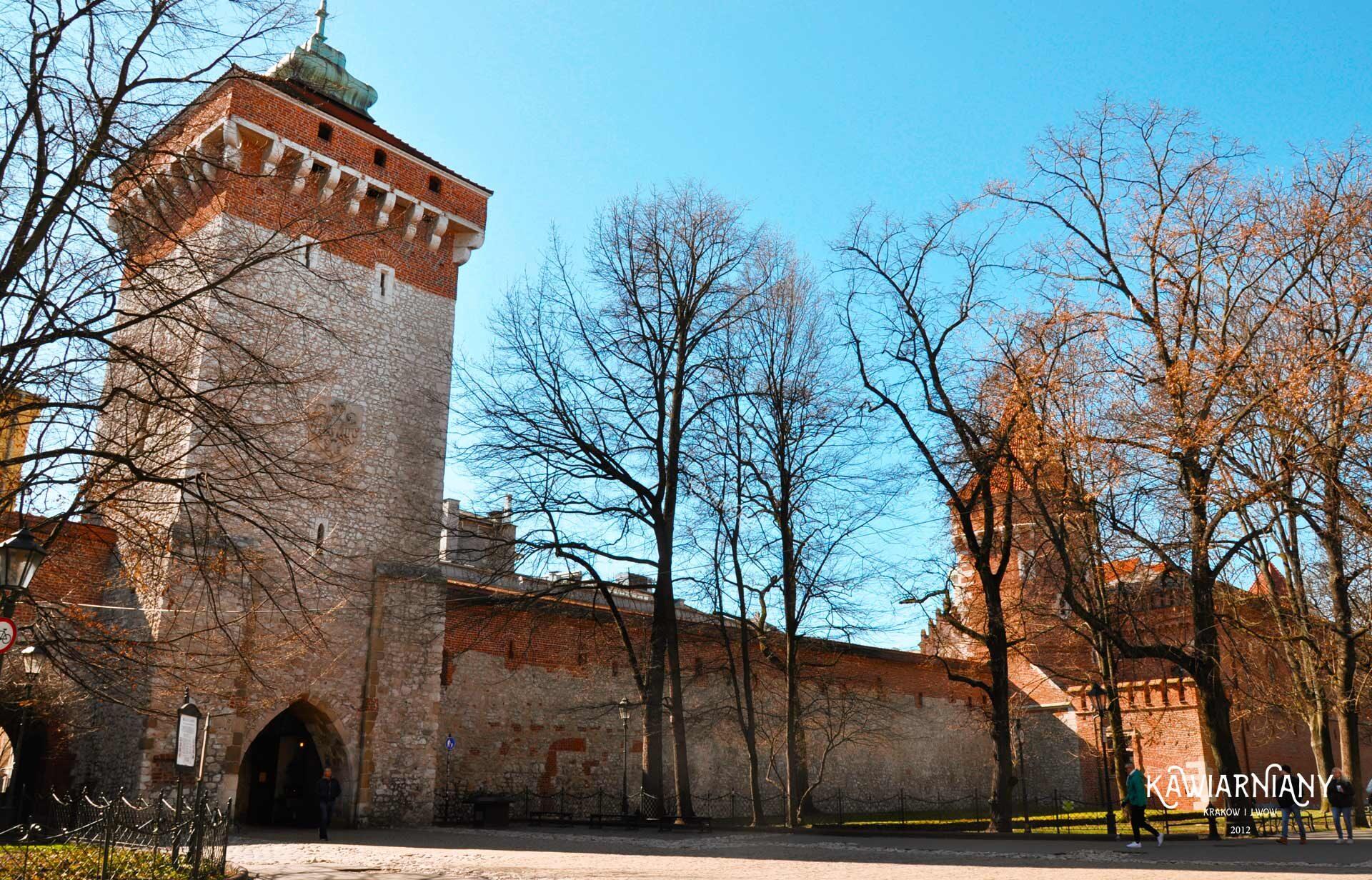 Ile kosztuje zwiedzanie Bramy Floriańskiej? Mury Miejskie w Krakowie cena biletów wstępu