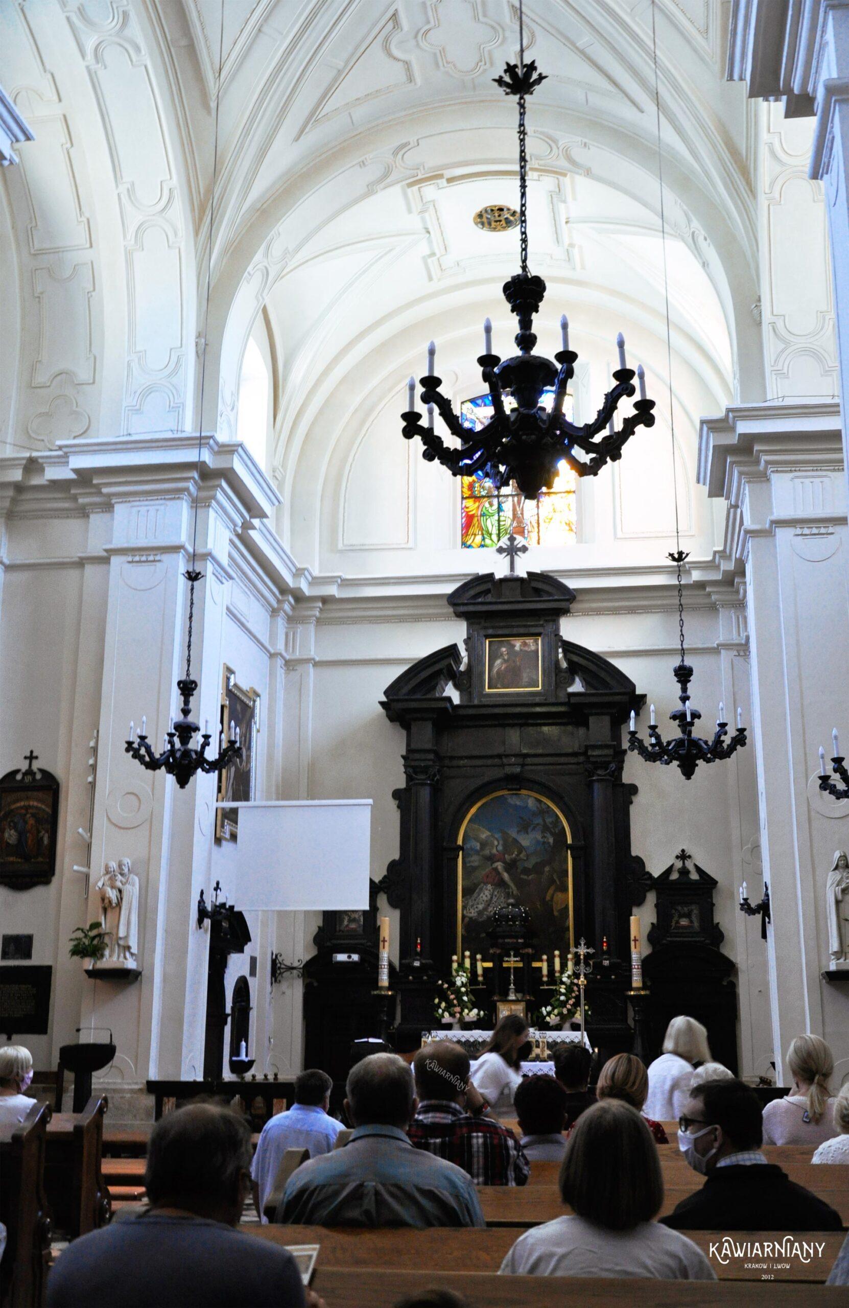 klasztor karmelitow w czernej msze