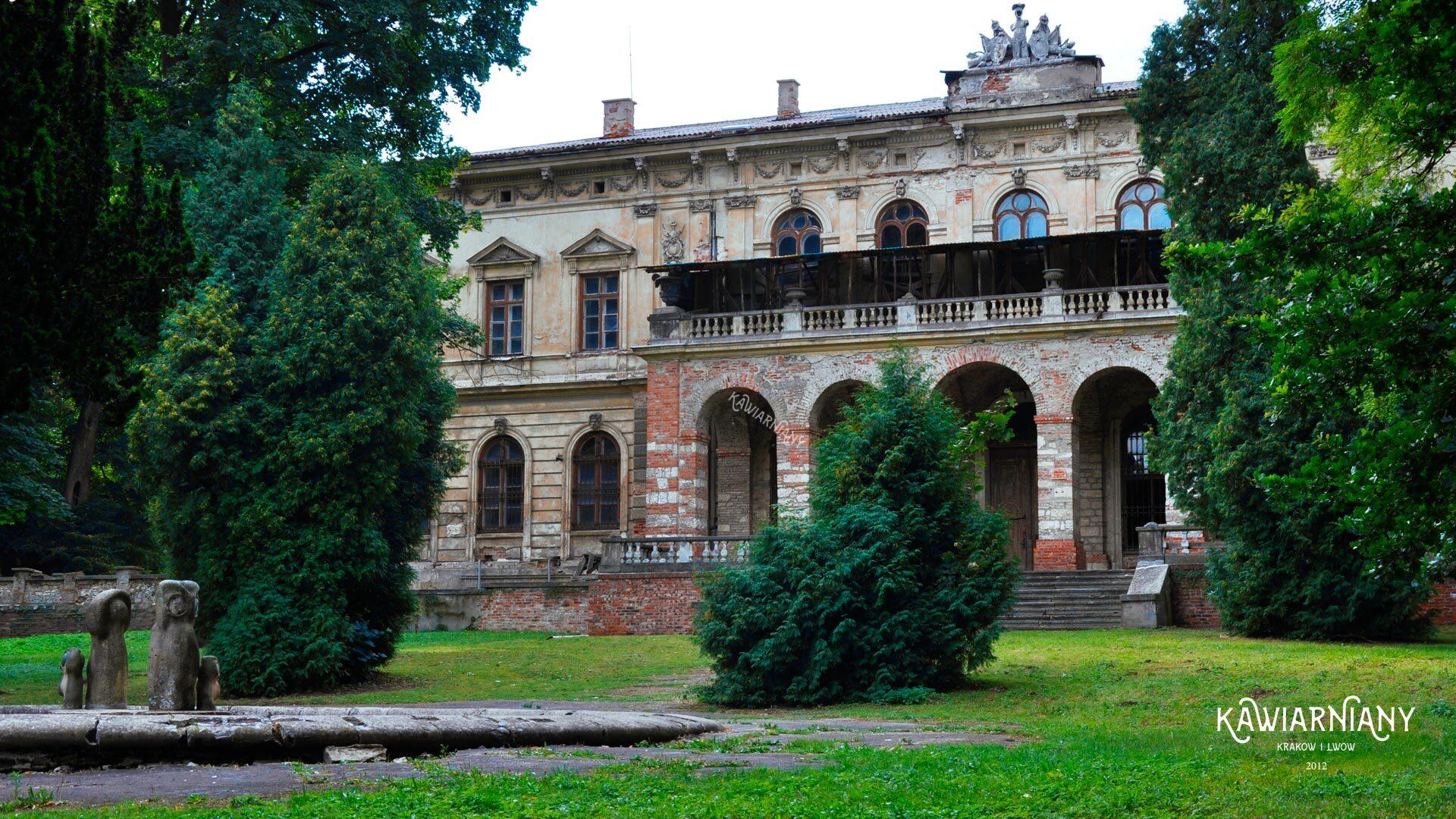 Zamek w Pilicy. Pałac w Pilicy – cennik, zwiedzanie i parking