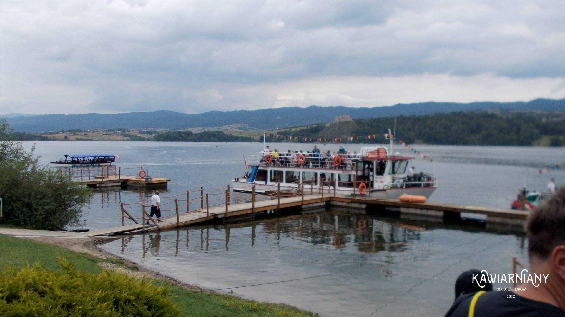 Ile kosztuje rejs po Jeziorze Czorsztyńskim? Ceny biletów